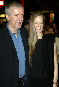 Suzy Amis and James Cameron at the premiere of