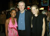 Dijanna Figueroa, Director James Cameron and Suzy Amis at the premiere of