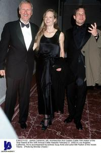 Suzy Amis, James Cameron and Bill Paxton at the 50th Annual Eddie Awards.