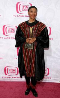 Olivia Cole at the 5th Annual TV Land Awards.