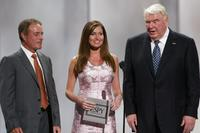 Al Michaels, Lisa Coles and John Madden at the 2003 ESPY Awards.