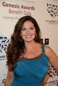 Lisa Coles at the Humane Society of the United States 2013 Genesis Awards Benefit Gala.