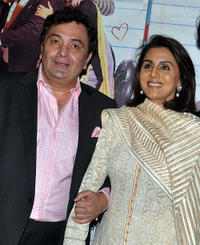 Rishi Kapoor and Neetu Singh Kapoor at the premiere of