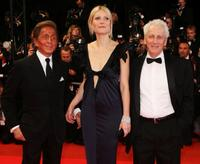 Valentino Garavani, Gwyneth Paltrow and Moni Moshonov at the premiere of