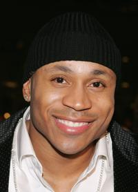LL Cool J at the premiere of Paramounts'