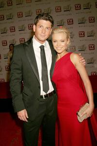 Paul O Brien and Holly Brisley at the 2007 TV Week Logie Awards.