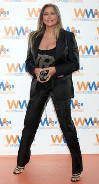 Mara Venier at the 2008 Wind Music Awards.