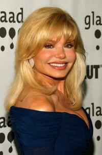 Loni Anderson arrives to the 18th Annual GLAAD Media Awards.