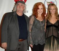 David Crosby, Bonnie Raitt and Sheryl Crow at the 2006 MusiCares Person of the Year honoring James Taylor.
