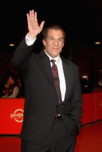 Robert Davi at the premiere for