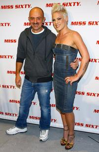 Wichy Hassan and Pink at the Miss Sixty Fall 2007 fashion show.