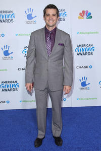 Jonathan Del Arco at the 2nd Annual American Giving Awards.