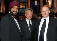 Satjiv Chahil, Dustin Hoffman and Mike Medavoy at the 38th AFI Life Achievement Award honoring Mike Nichols.
