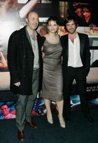 Director Cedric Klapisch, Juliette Binoche and Romain Duris at the premiere of