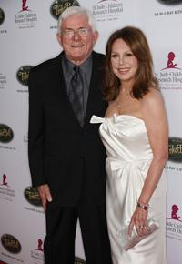 Phil Donahue and Marlo Thomas at the Fifth Annual Runway for Life gala.