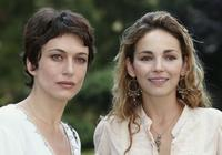 Natacha Lindinger and Claire Keim at the photocall of