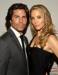Greg Lauren and Elizabeth Berkley at the A Funny Thing Happened on the Way to Cure Parkinson's benefit.