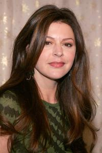 Jane Leeves at the Diamond Information Center and InStyle Magazine Golden Globe Diamond Fashion preview.