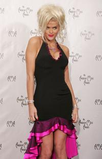 Anna Nicole Smith at the 32nd Annual