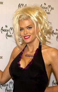 Anna Nicole Smith at the 32nd Annual American Music Awards.