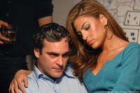 Joaquin Phoenix and Eva Mendes in