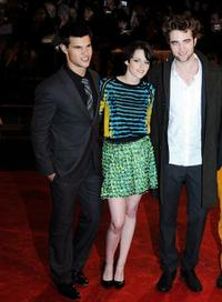 Taylor Lautner, Kristen Wilson and Robert Pattinson at the premiere of