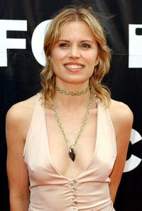 Kim Dickens at the 2002 IFP Independent Spirit Awards.
