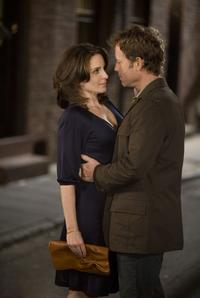 Tina Fey as Kate Holbrook and Greg Kinnear as Rob in