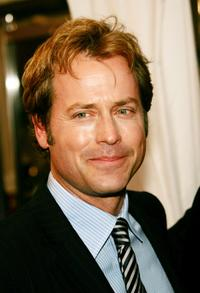 Greg Kinnear at the gala premiere of