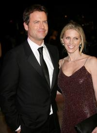 Greg Kinnear and wife Helen Labdon at the 2007 Vanity Fair Oscar Party.