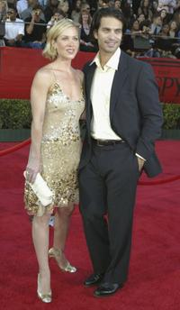 Christina Applegate and Johnathon Schaech at the 12th Annual ESPY Awards.