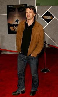 Olivier Martinez at the premiere of