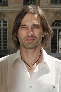 Olivier Martinez at the Dior 09 Fall Winter Haute Couture Fashion show.