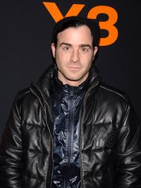 Justin Theroux at the Adidas Y-3 Autumn/Winter 2007 show during the Mercedes-Benz Fashion Week.
