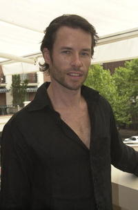 Guy Pearce at the AFI Awards 2000 - Harper's Bazaar Luncheon.