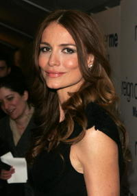 Saffron Burrows at a N.Y. premiere of