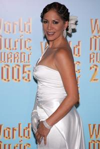 Sheila E. at the 2005 World Music Awards.