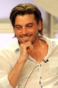 Skeet Ulrich at the television show