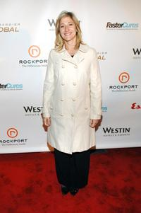 Edie Falco at a Fastercures event honoring Sumner Redstone.