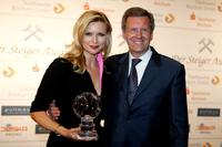 Veronica Ferres and Christian Wulff at the Steiger Awards ceremony.