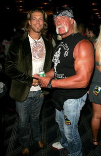 The Edge and Hulk Hogan at the MTV 2006 Video Music Awards Forum.