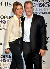 Nikki Cox and Jay Mohr at the 35th Annual People's Choice Awards nominations.