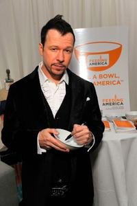 Donnie Wahlberg at the 2008 American Music Awards.