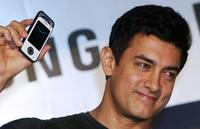 Aamir Khan at the promotional event of Samsung mobile.