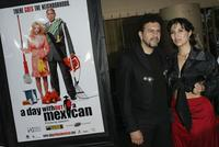 Sergio Arau and Yareli Arizmendi at the premiere of