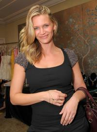 Natasha Henstridge at the 2008 World Experience DPA gift lounge.