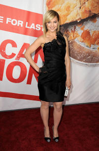 Mena Suvari at the California premiere of
