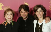 Fernanda Montenegro, director Andruche Waddington and Fernanda Torres at the photocall of