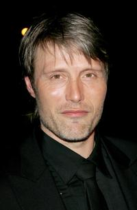 Mads Mikkelsen at the 2007 Vanity Fair Oscar Party.