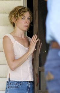 Carrie Preston as Ludie in